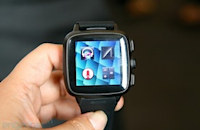 Omate TrueSmart smartwatch is also a phone, incorporates Fleksy keyboard (hands-on)
