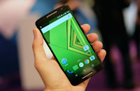 Moto X Play review: an unexciting phone with a huge battery
