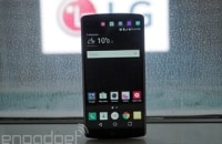 Hands-on with LG's dual-screen, dual-selfie camera V10