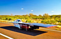 6 futuristic cars powered entirely by the sun