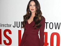 One Hot Mama! Megan Fox Sizzles In Bodycon At This Is 40 Premiere