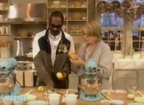 【予想外】ラッパーのスヌープ・ドッグとマーサ・スチュワートが一緒に料理する新番組が決定!