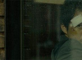 小栗旬×大友啓史監督の最強タッグがおくる衝撃スリラー『ミュージアム』 殺人鬼・カエル男がコワすぎる特報映像解禁