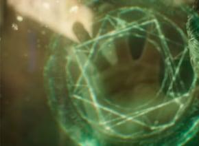 カンバーバッチ主演マーベル最新作『ドクター・ストレンジ』、常識破りの驚愕最新映像解禁!【動画】