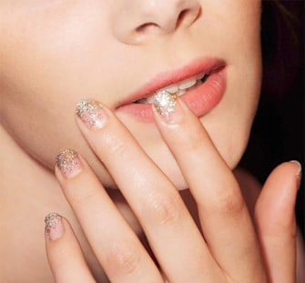 How to fix chipped nail polish (like a lazy beauty editor)