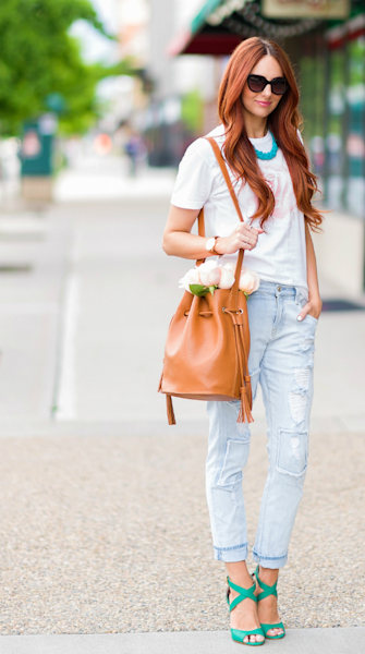 Street style tip of the day: White tee