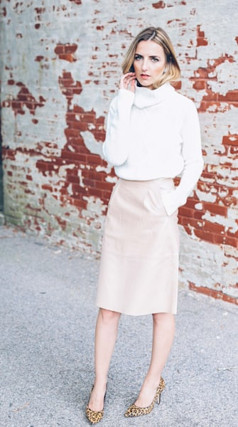 Street style tip of the day: Blush leather skirt