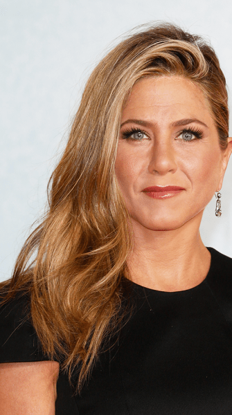 Look of the week: Get Jennifer Aniston's 'We're the Millers' premiere glow