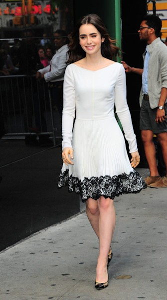 Lily Collins looks lovely in ladylike dress on 'GMA'
