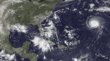 Severe weather looms Florida, North Carolina, Hawaii