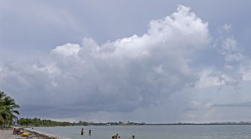 Florida braces for rain as tropical depression forms