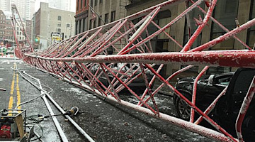 NYC crane collapse kills 1 as snowstorm ushers in gusty winds