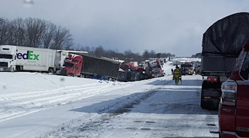 Massive pileup shuts down I-78 in Lebanon County, Pennsylvania