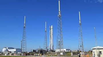 3 weather obstacles that SpaceX faces when launching rockets into space