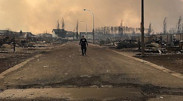 Weekly wrap-up: Fort McMurray fire forces largest evacuation in Alberta's history; NASA reveals new lightning capital of world