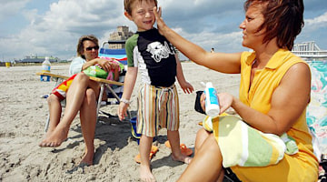 Skin cancer kills 1 American every hour: Experts advocate for sun protection on Memorial Day weekend