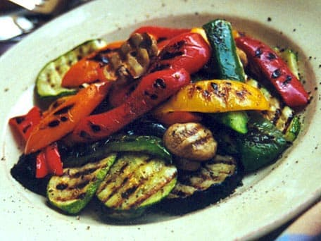 Recipes cooking tips food trends huffpost taste - Verduras a la parrilla ...