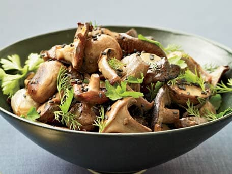 Roasted Mushrooms and Shallots with Fresh Herbs