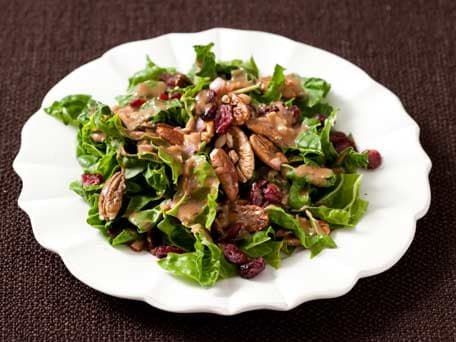 Fresh Spinach Salad with Dried Cranberries and Pecans