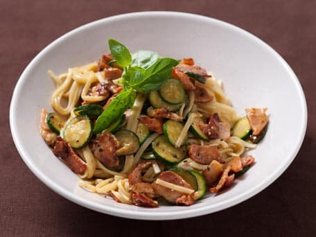 Pasta Carbonara with Zucchini