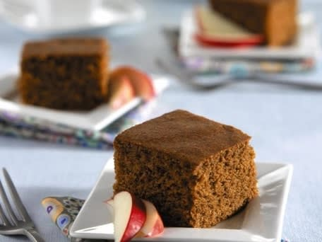 Image of Applesauce Snacking Cake, Kitchen Daily