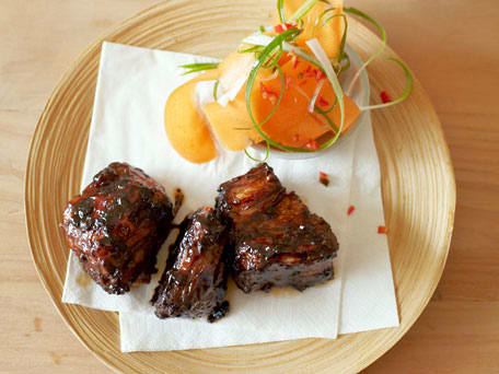 Image of Asian Marinated Short Ribs With A Lip-smacking Peanut Dip, Kitchen Daily