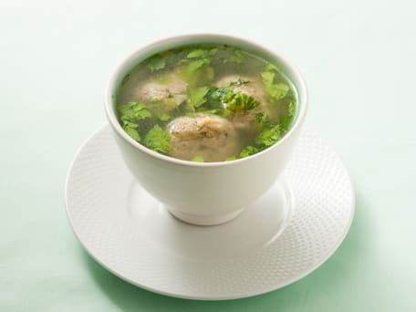 Light and Fluffy Matzo Balls in Chicken Soup