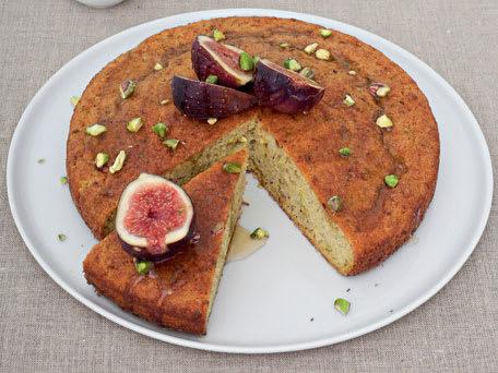 Pistachio Yoghurt Cake