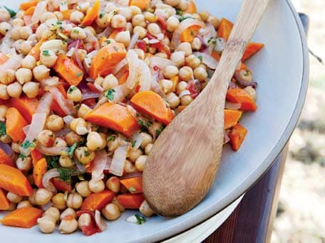 Chickpeas with Tomatoes and Carrots