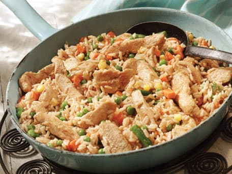 Chicken & Spanish-Style Rice Skillet