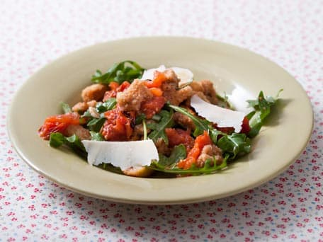 Image of Arugula Salad With Parchment-roasted Tomatoes And Garlic, Kitchen Daily