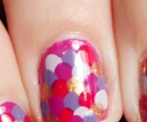 Mani of the Day: Overlapping Polka Dots