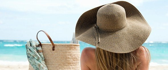 Tip Tuesday: What to Pack in a Beach Bag