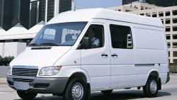 (Base) Cargo Van 140 in. WB DRW