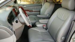 (XLE) 4dr Front-wheel Drive Passenger Van