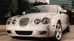 (3.0L V6) 4dr Sedan