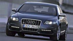 (5.2) 4dr All-wheel Drive quattro Sedan