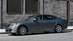 (Ultimate) 4dr Rear-wheel Drive Sedan