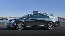 (Luxury) 4dr Front-wheel Drive Sedan