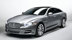 (XJL Portfolio) 4dr All-wheel Drive Sedan