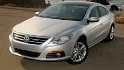 (Lux Plus) 4dr Front-wheel Drive Sedan