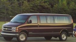 (Base) G2500 Extended Passenger Van