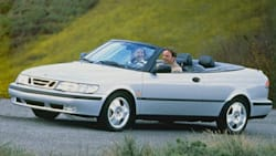 (SE 2.0 Turbo) 2dr Convertible