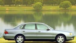 (XLS) 4dr Sedan