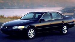 (XLE) 4dr Sedan