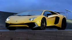(LP750-4 Superveloce) 2dr All-wheel Drive Coupe