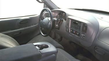 (Lariat) 4x4 Super Cab Flareside 138.8 in. WB