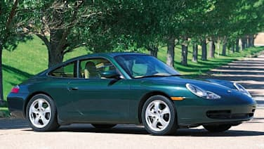 (Carrera 4) 2dr All-wheel Drive Coupe