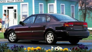 (L) 4dr All-wheel Drive Sedan