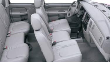 (SLT/Laramie) 4x2 Quad Cab 160.5 in. WB